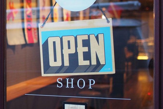 open shopping retail